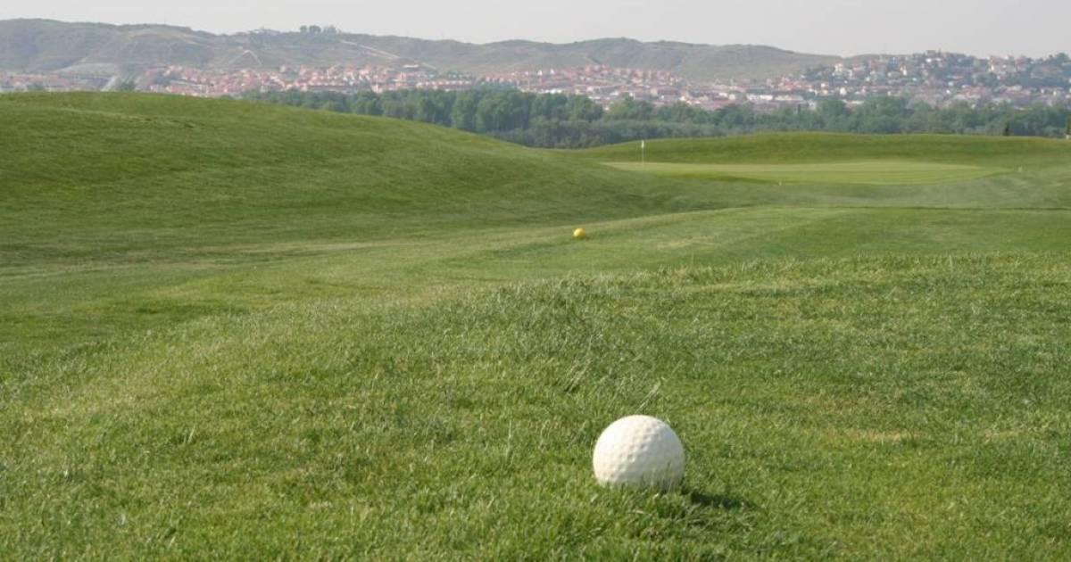 Golf jard n de aranjuez green fees aranjuez madrid tee for Golf jardin de aranjuez