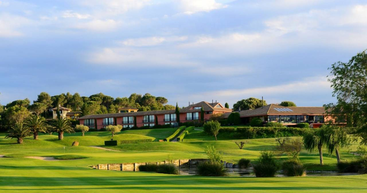 Golf, Wine & Tapas at Torremirona